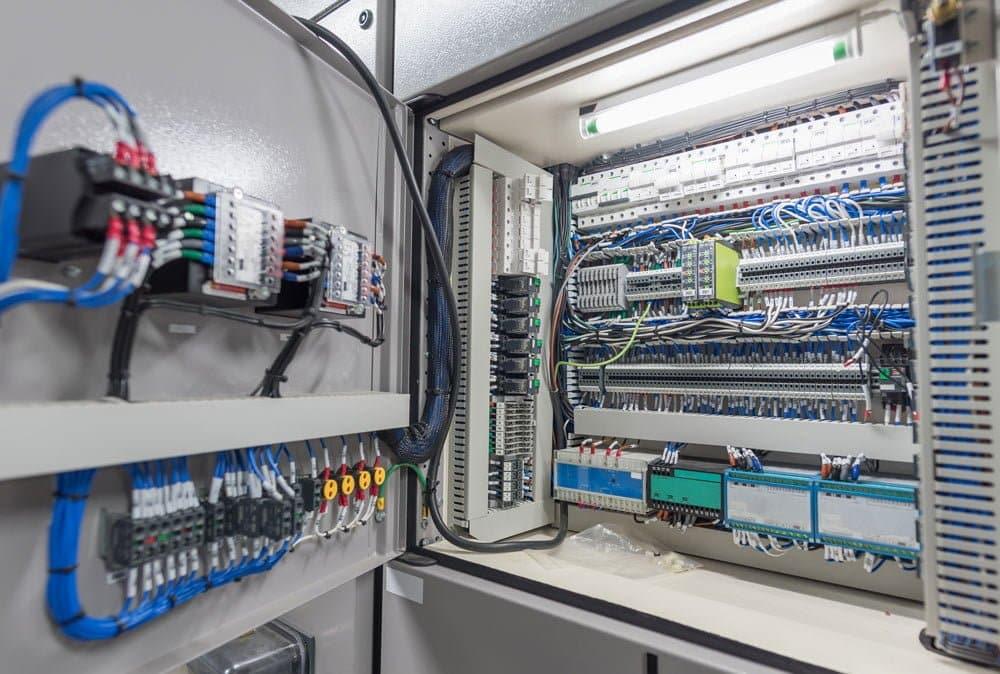 PatMurphy-Industrial-SwitchGearRepairServicePageImage